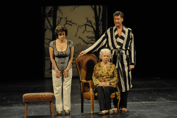 Très chère Mathilde-Israël Horovitz-Théâtre Solaire