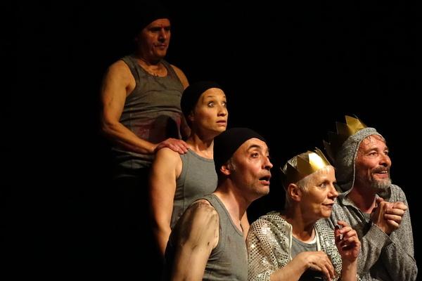 Macbett-De Ionesco-Théâtre 9 à 13-Festival Châtillon 2016-Photo mascarille.com