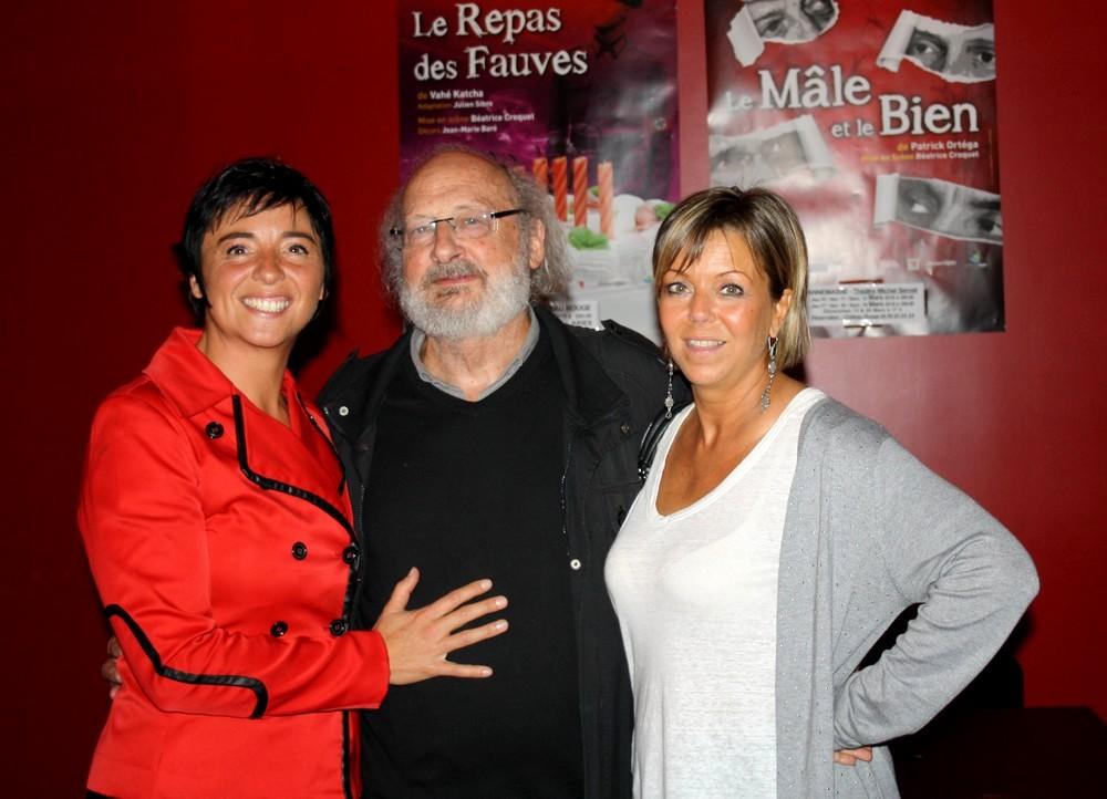 Les comédiennes de Soeurs, comédie de Gérard Levoyer : Pascale Durand et Frédérique Sayagh. Photo Dieppedalle